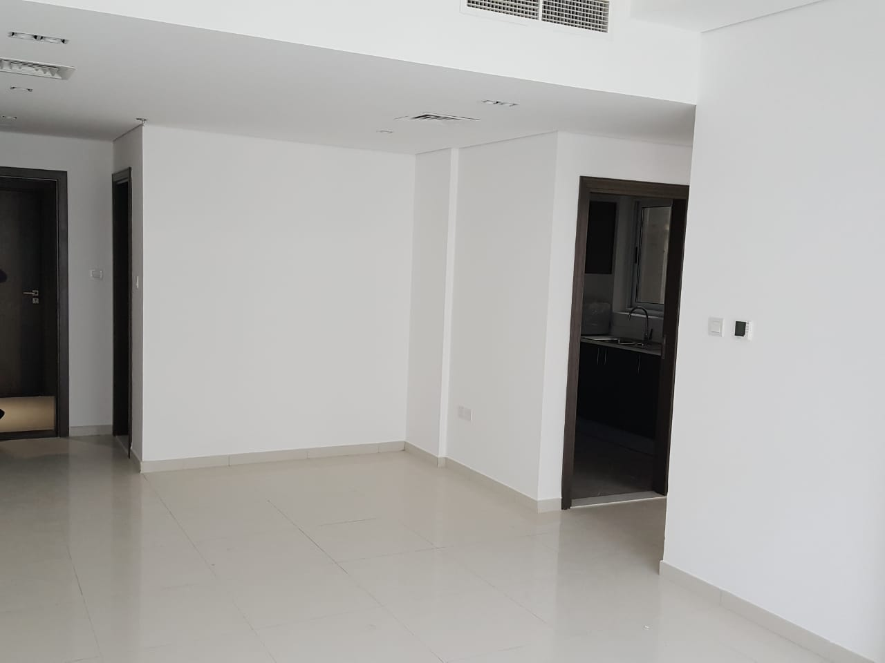 1-bedroom-apartment-for-sale-in-topaz-residence-1-in-dubai-silicon-oasis